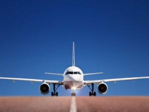 avion zračna luka aerodrom